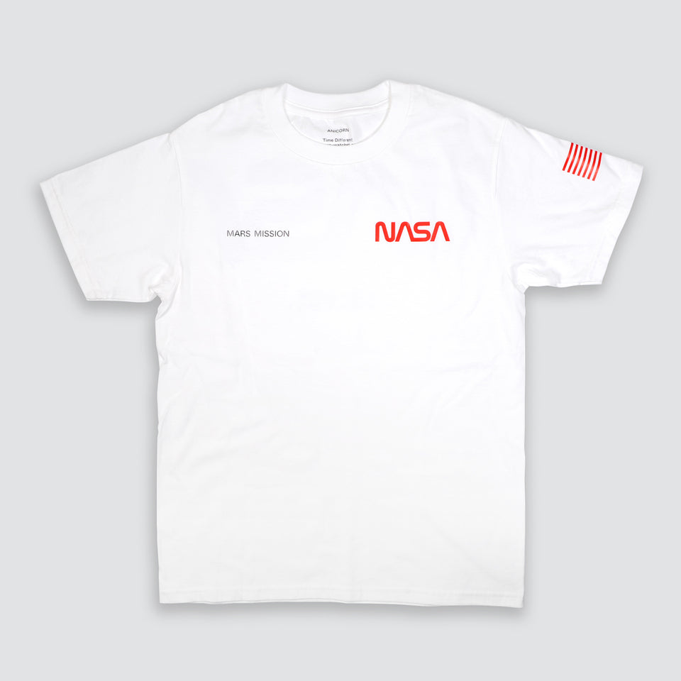 Limited MARS MISSION heavyweight T-shirt with extra large NASA logo print. The garment is knit from 100% American cotton (6oz) with premium comfort and better fit.