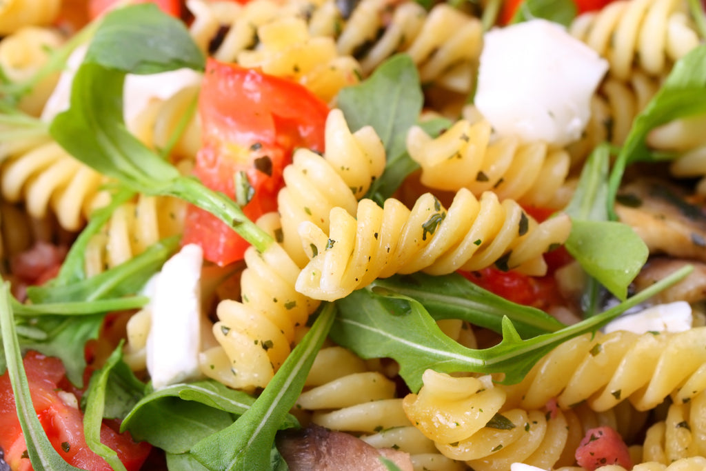 Easy arugula and pasta salad