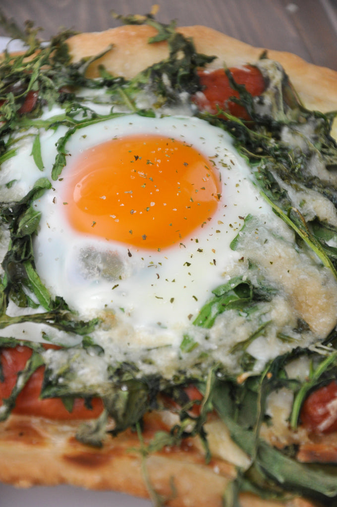 Easy Arugula Pizza with Poached Eggs