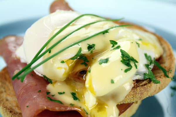 Making Delicious Eggs Benedict from Scratch