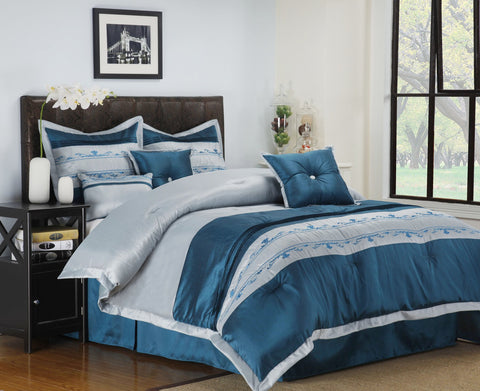 7-PIECE BEDDING SET, COMFORTER, SHAMS AND DECORATIVE PILLOWS