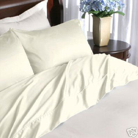 Two Luxury 800 TC Queen Size Pillow Cases Solid in Ivory/Cream