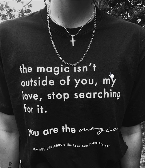 THE MAGIC IS YOU, TEE