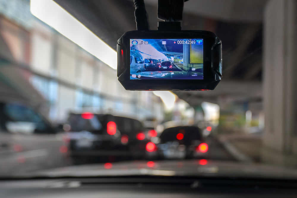Single Channel vs Dual Channel Dash Cams