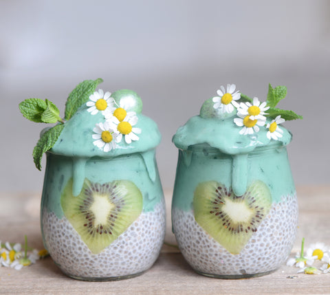 Sugarfree Spirulina Chia Pudding by Alphafoodie ǀ Stevia Recipes