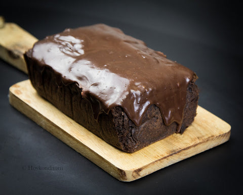 Sugarfree Chocolate Pound Cake by Hovkonditorn ǀ Stevia Recipes