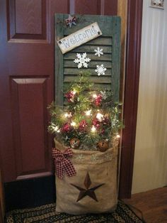 Santas sack Christmas decoration idea using shutters