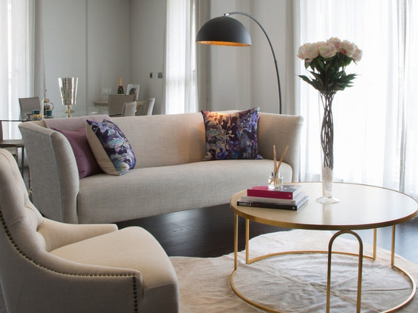 sitting room sofa and round coffee table