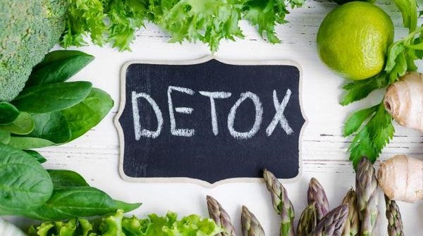 DETOX - Remove toxins from your body with Moringa