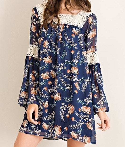 Crochet Detail Floral Shift Dress