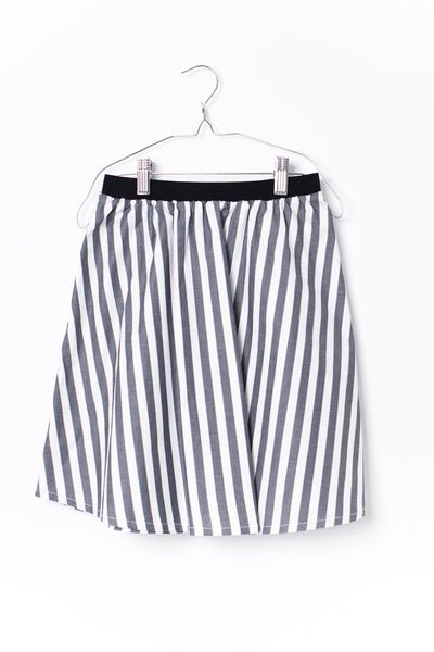 Motoreta Black & White Stripes Melia Skirt