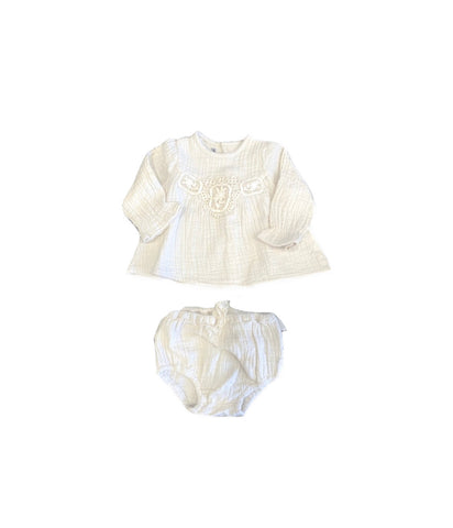 Tocoto Vintage Off White Embroidered Blouse & Lace Ruffle Bloomer Set