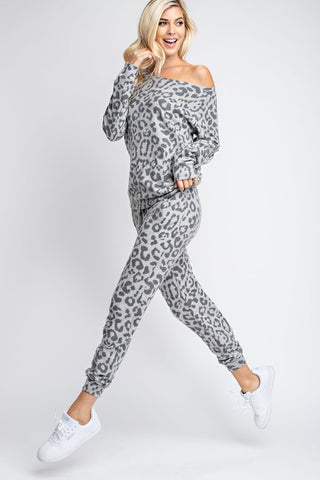 Leopard Joggers in Grey