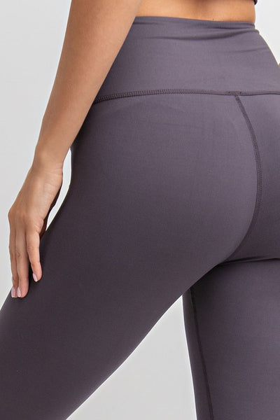 The Best Leggings in Capri in Charcoal