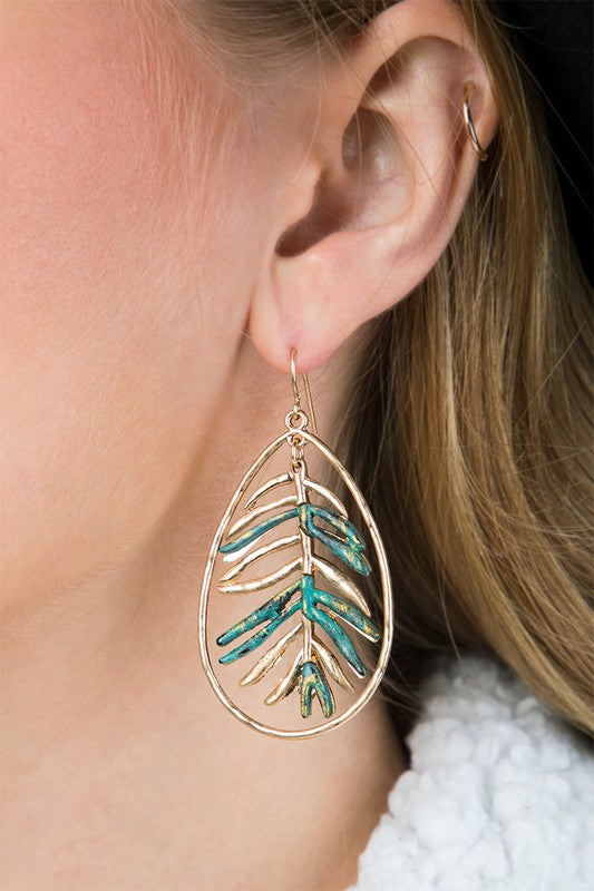 Metal Leaf Earrings in Gold/Turquoise