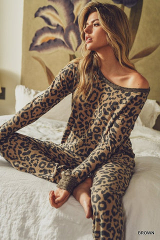 Dreamers Leopard Lounge Set