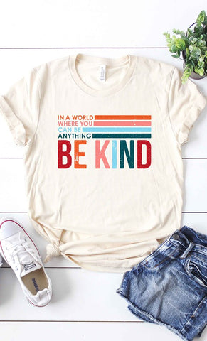 BE KIND Graphic Tee in Vintage Cream