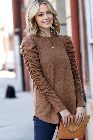 Crushing on these Sleeves Top in Camel