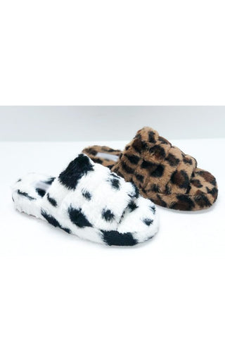 Cozy Slippers in Cow