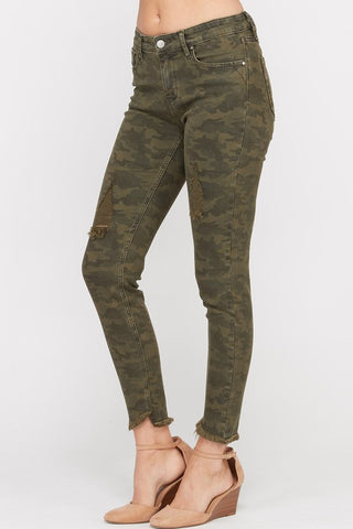 On the Hunt Skinny Jeans in Olive