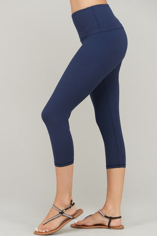 The Best Leggings in Capri in Navy