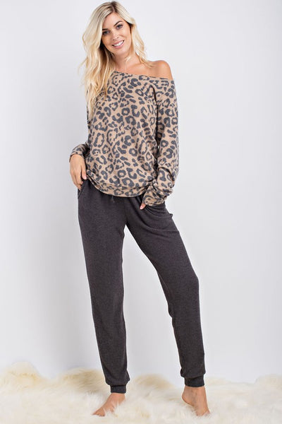 Leopard Lounge Top in Camel