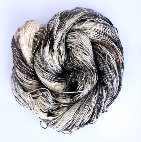Eros - 95% Superwash Merino 5% Silver Stellina  - Single Fingering