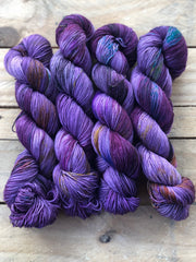 Ici - Ares: 75% Superwash Merino 25% Nylon - Sock