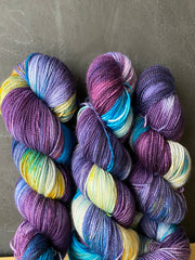 Do you trust me? - Hera: 100% Superwash Merino High Twist - Fingering