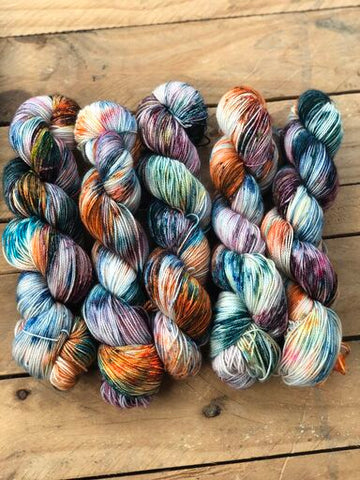 Chaos is a ladder - Titan: 100% Superwash BFL High Twist - Fingering