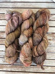 De Feure - Titan: 100% Superwash BFL High Twist - Fingering
