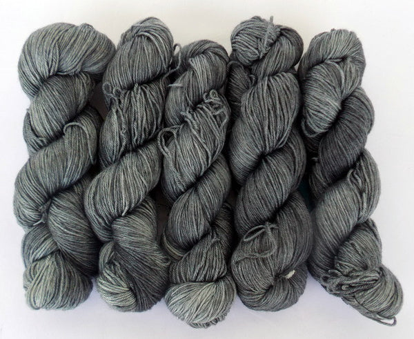 The Mines Of Moria - Apollon: 50% Superwash Merino 50% Silk - Fingering