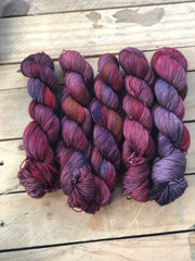 Pandora - Titan: 100% Superwash BFL High Twist - Fingering