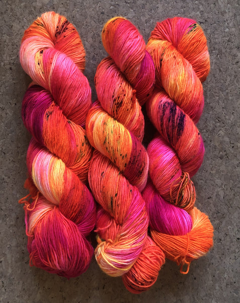 Manawee - Zeus: 100% Superwash Merino Single - Fingering