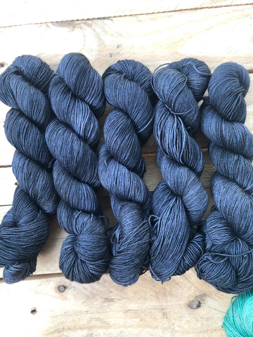 Star Wars - Yama: 70% Superwash Merino 20% Yak 10% Nylon - Sock