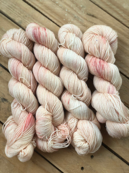 Suffragette - Titan: 100% Superwash BFL High Twist - Fingering