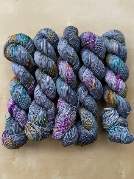 Requiem for a Dream - Ares: 75% Superwash Merino 25% Nylon - Sock