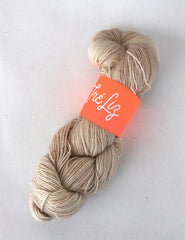 F*ckaccino Latte - Asteria: 75% Superwash Merino 20% Nylon 5% Gold Stellina - Sock