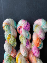 Instant Crush - Zeus: 100% superwash merino Single fingering