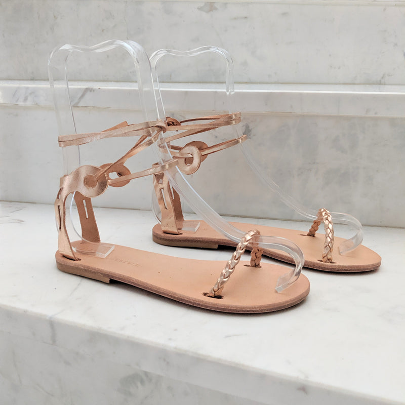 Delphi sandals in rose gold
