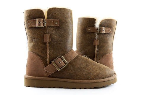 UGG Australia Dylyn Classic Short Brown Boots, Size 7