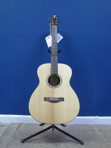 Teton STG100NT Acoustic Grand Concert Guitar