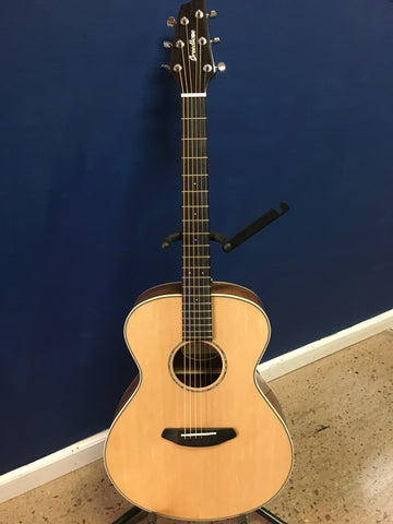 Breedlove Pursuit Exotic Concert CE Sitka-Koa