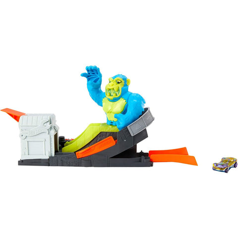 Hot Wheels Toxic Ape Attach Playset