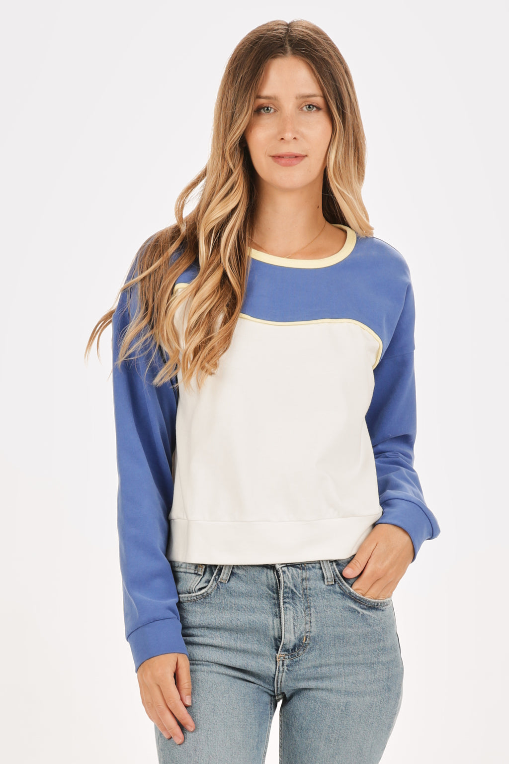 Carnia Colorblocked Sweatshirt