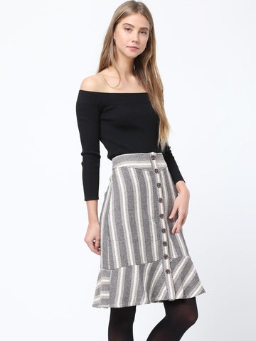 Ruffle Hem Button Detailed Skirt