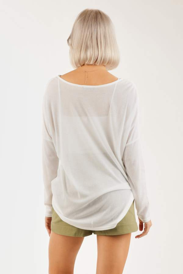 SCOOP NECK LONG SLEEVE TOP