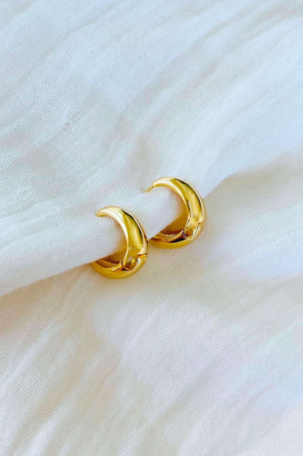 Gold Teardrop Hoops