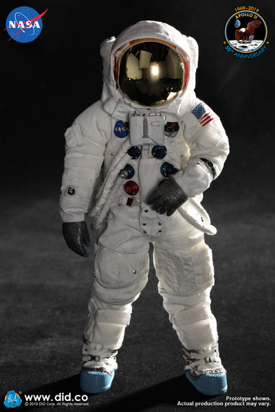1/6 Scale Apollo 11 Commander - Neil Armstrong Figure by DID