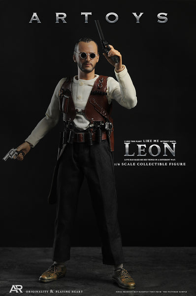 1/6 Scale Leon Figure by ARTOYS